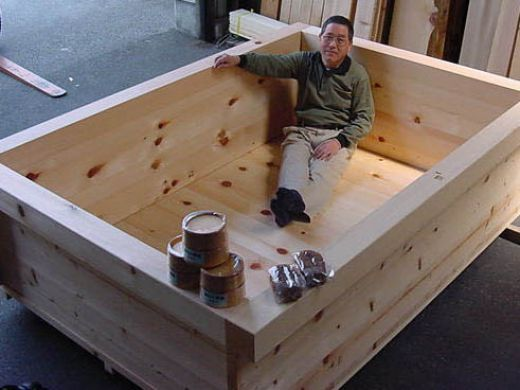 japanese hinoki wood soaking tub. large wooden hot tubs  original hinoki wood japanese bath for soaking and aromatherapy