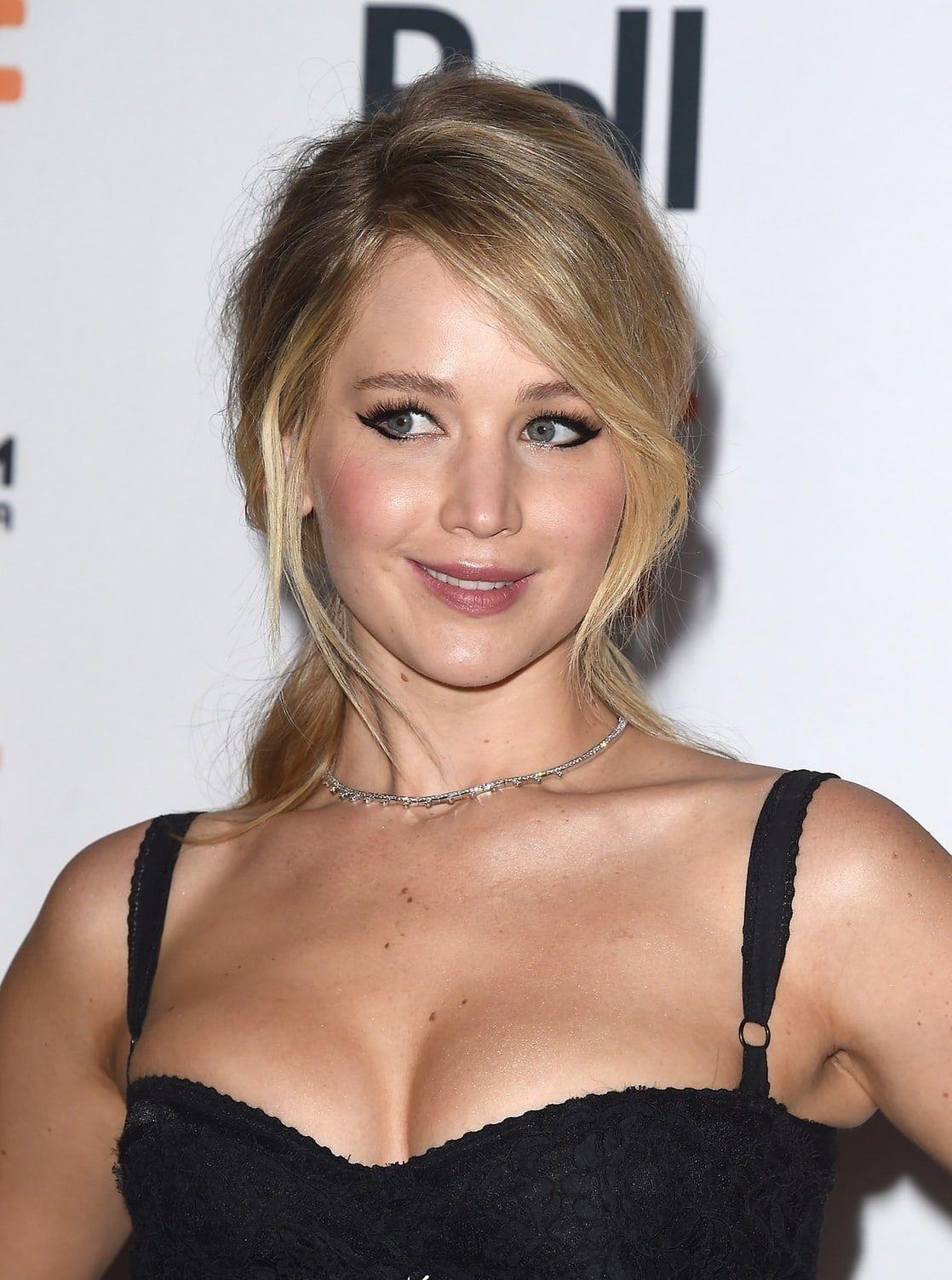Pin by Steve on Jennifer Lawrence   Jennifer Lawrence ...