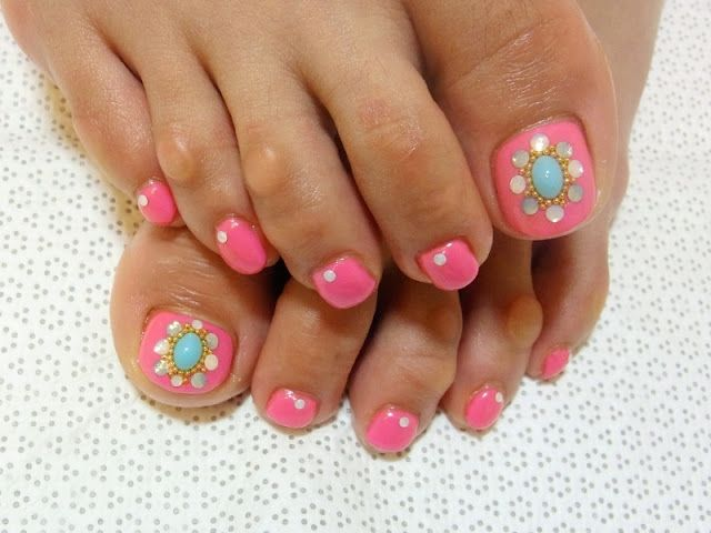 Stylish Pedicure Nail Art Designs For Summer 2012 World Latest