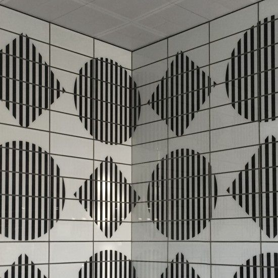Tottenham Court Road Tube Station Has A New Entrance By Daniel Buren Daniel Buren Buren Art Design