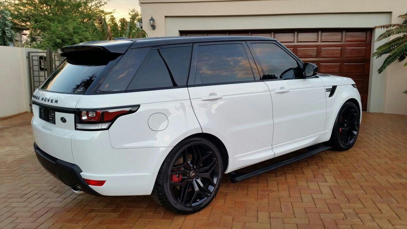 2016 Range Rover Sport S.C. V8 HSE.. 510 hp... Looks just