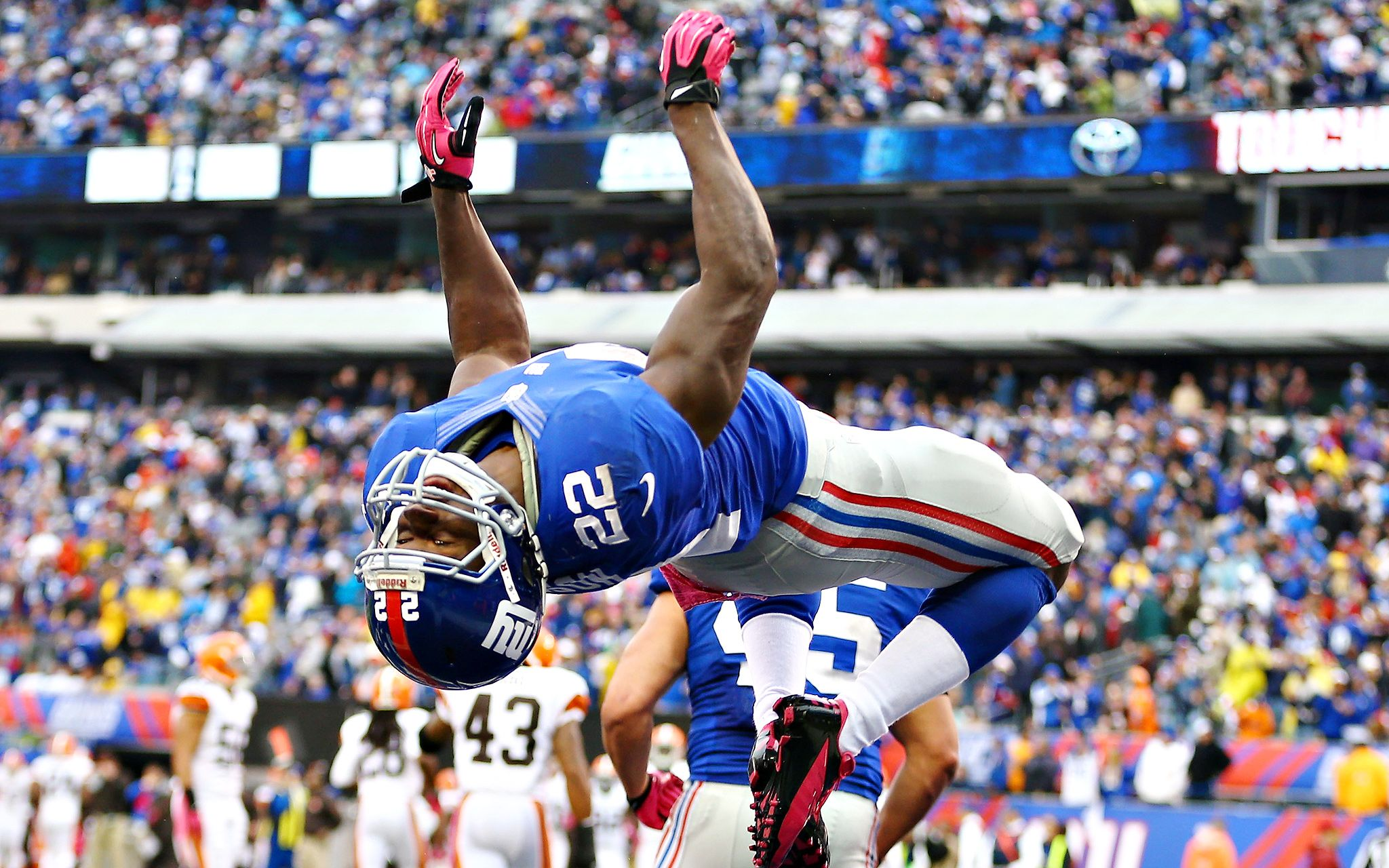 David Wilson does a backflip to celebrate is first NFL