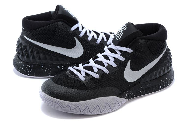 Nike Kyrie Irving 1 black white
