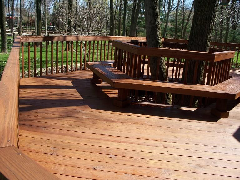 how to build a round deck