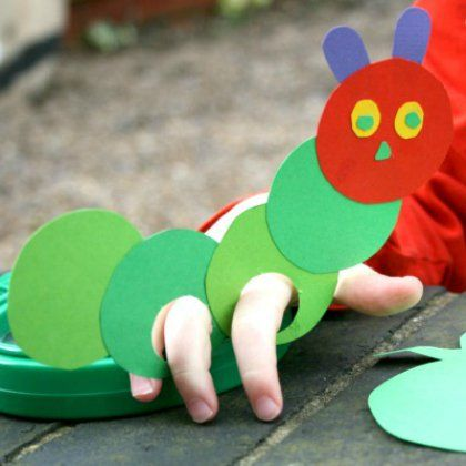 the very hungry caterpillar craft ideas 25 hungry caterpillar crafts for preschoolers 7918