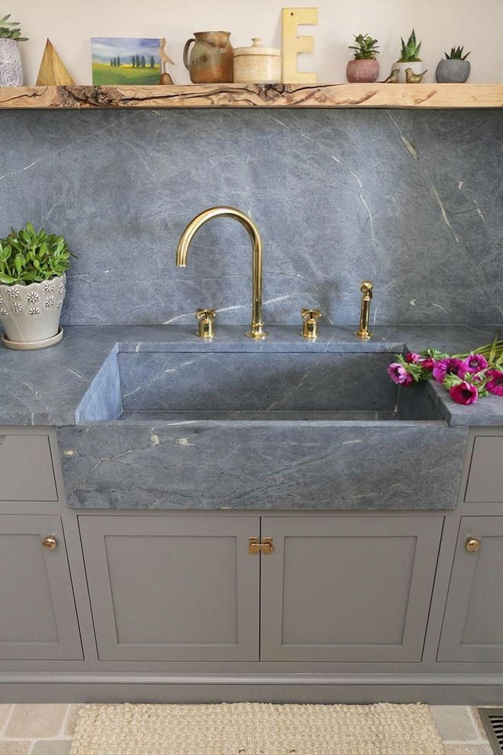 40 Gorgeous Farmhouse Sink Ideas Best For Your Kitchen Kitchensink Dining Room Renovation Farmhouse Sink Kitchen Renovation