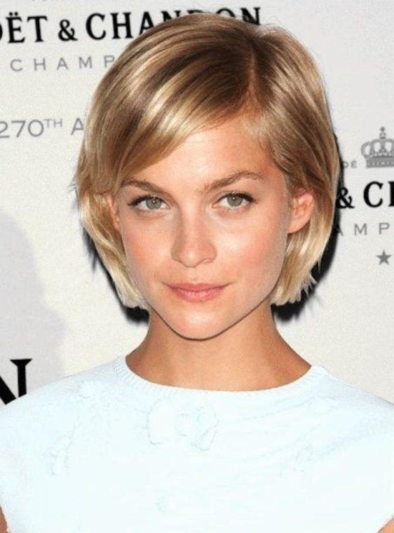 18 Impressive Side Swept Short Hairstyles for Women | Side swept ...