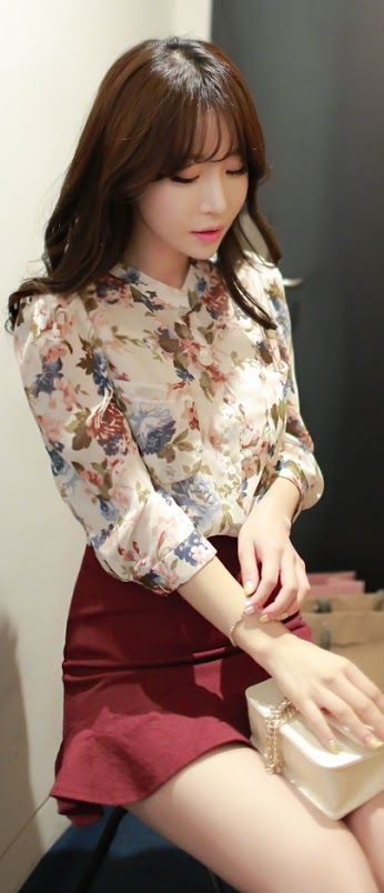 Luxe Asian Fashion Blouse Tee Shirt Luxe Asian Women Design Korean Model Fashion Style Top