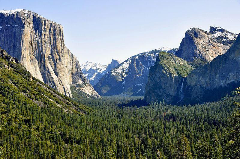 Beautiful Yosemite time-lapse video goes viral. Thanks Gawker for sharing the link (http://gawker.com/5878609/)!