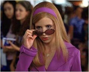 Daphne in the airport in the first movie scooby doo 1 2 - Scoubidou film ...