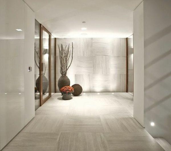 super-moderne-und-elegante-Gestaltung-im-Flur-mit-Laminatboden - flur idee