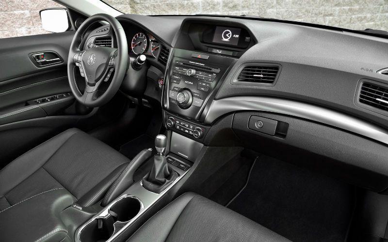 2013 Acura ILX Interior