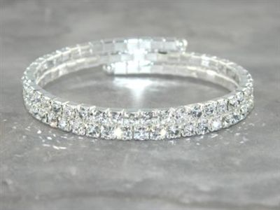 For la s with small wrists Very sparkly silver bracelet with