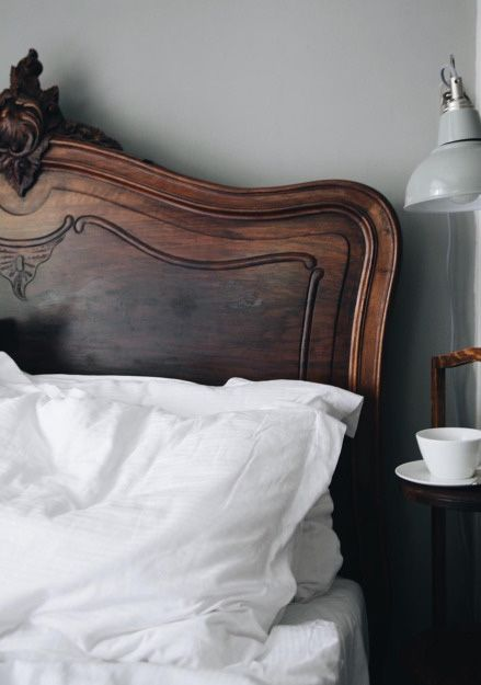 san francisco 226ea 809d1 Antique wooden headboard | Simple home | Bedroom, Home decor ...