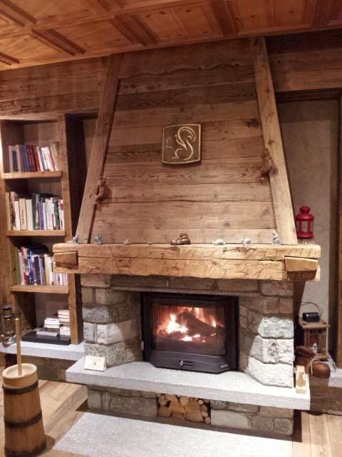 Caminetto rustico fireplace pinterest hogar for Hogares a lena rusticos