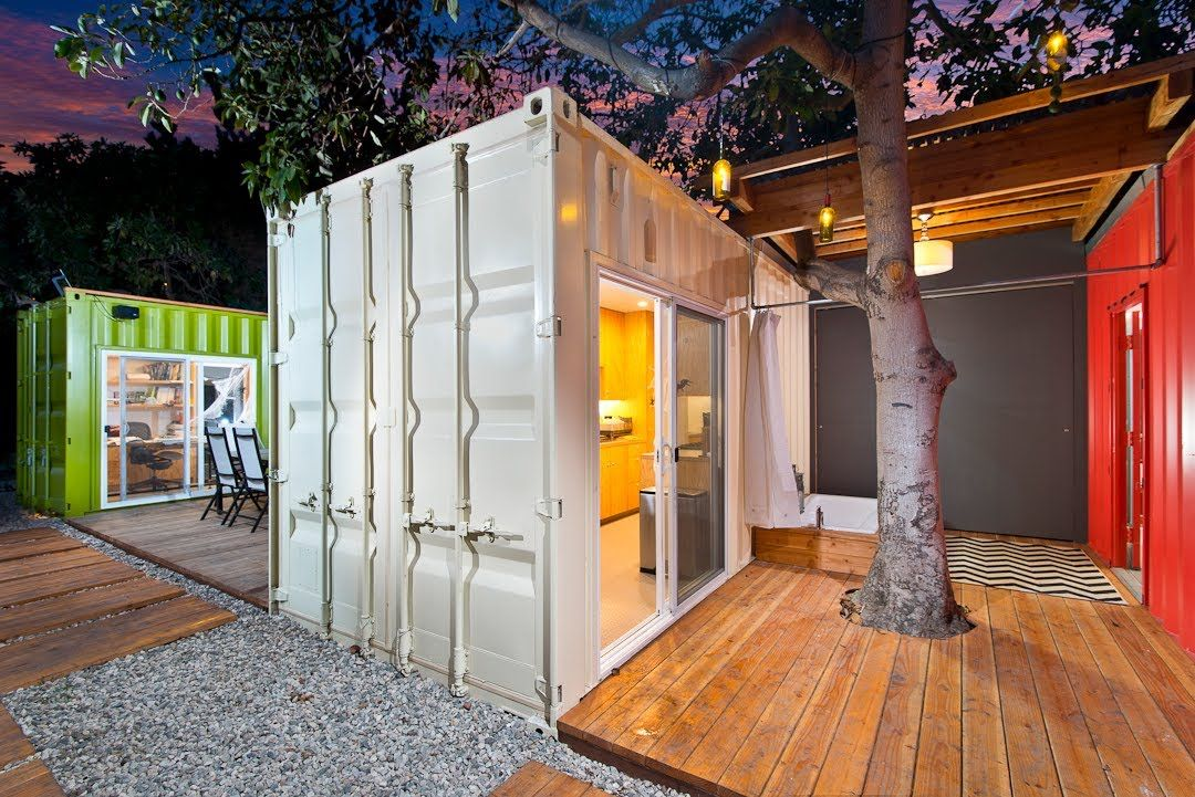 afficher l 39 image d 39 origine cabanne pinterest maison conteneur conteneur et maison. Black Bedroom Furniture Sets. Home Design Ideas