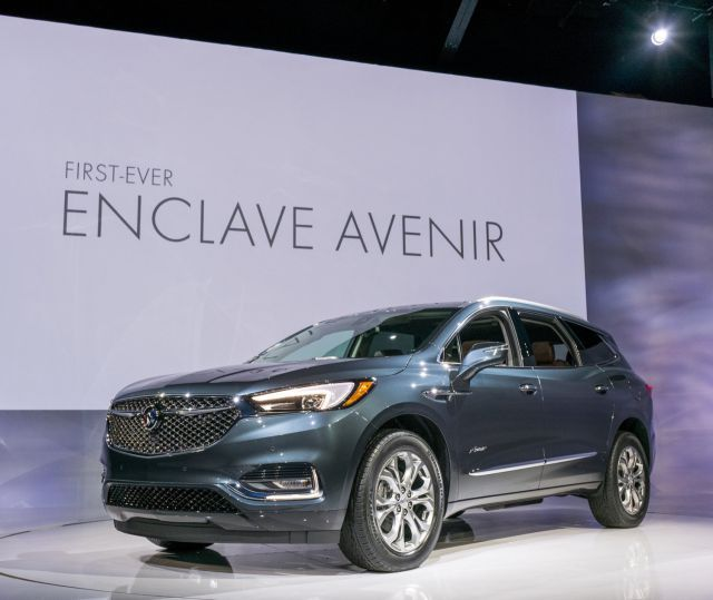 2018 Buick Enclave Avenir First Look Of The Redesigned Flagship Crossover Buick Enclave Buick Avenir Buick Electra