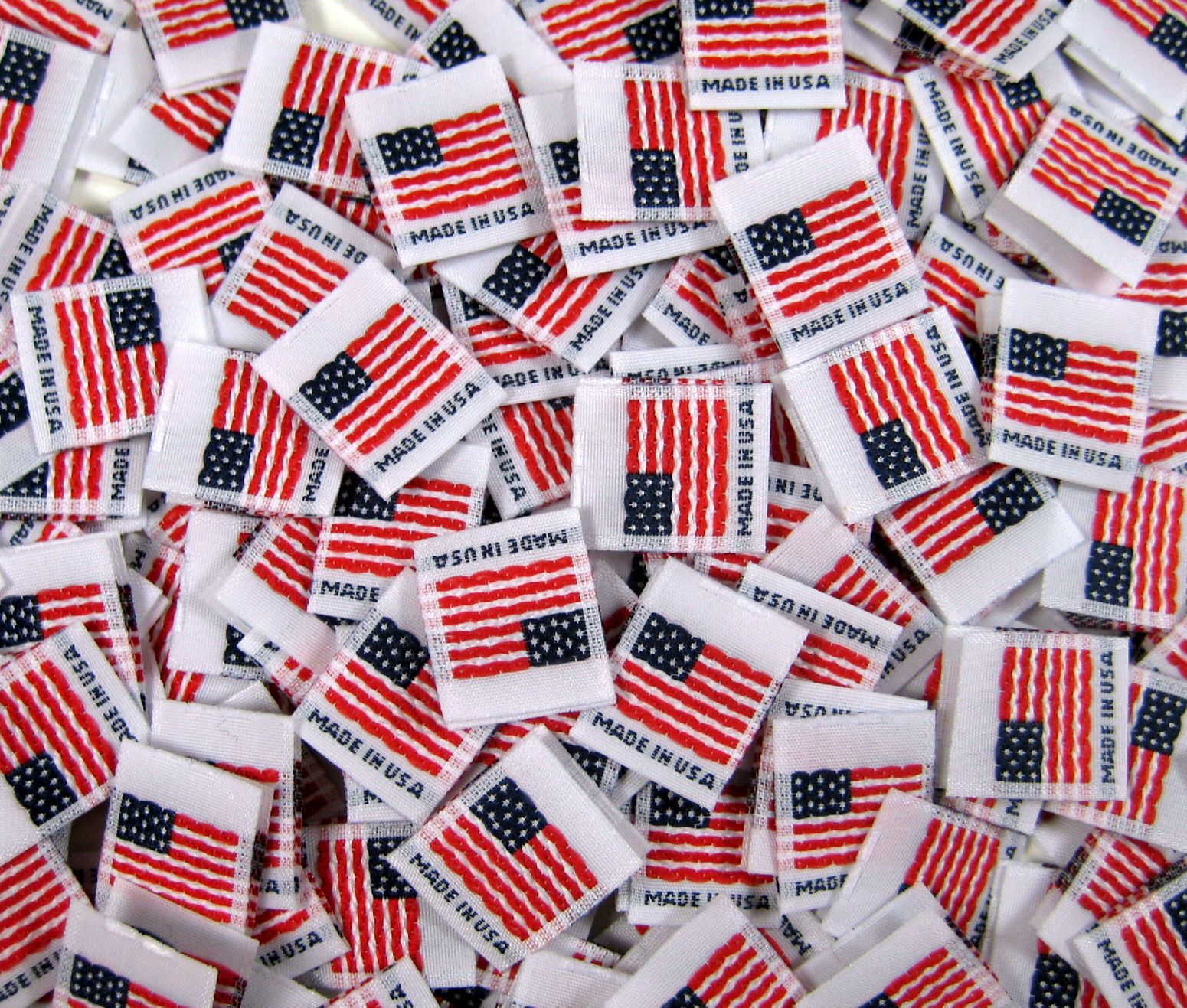 100 pcs FOLDED DOUBLE SIDED WOVEN SEWING GARMENT AMERICAN FLAG MADE IN USA