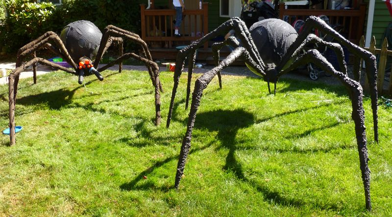 Prop Showcase Giant Spider Build From Tk421 Page 13 Halloween Outdoor Decorations Outdoor Halloween Halloween Spider Decorations