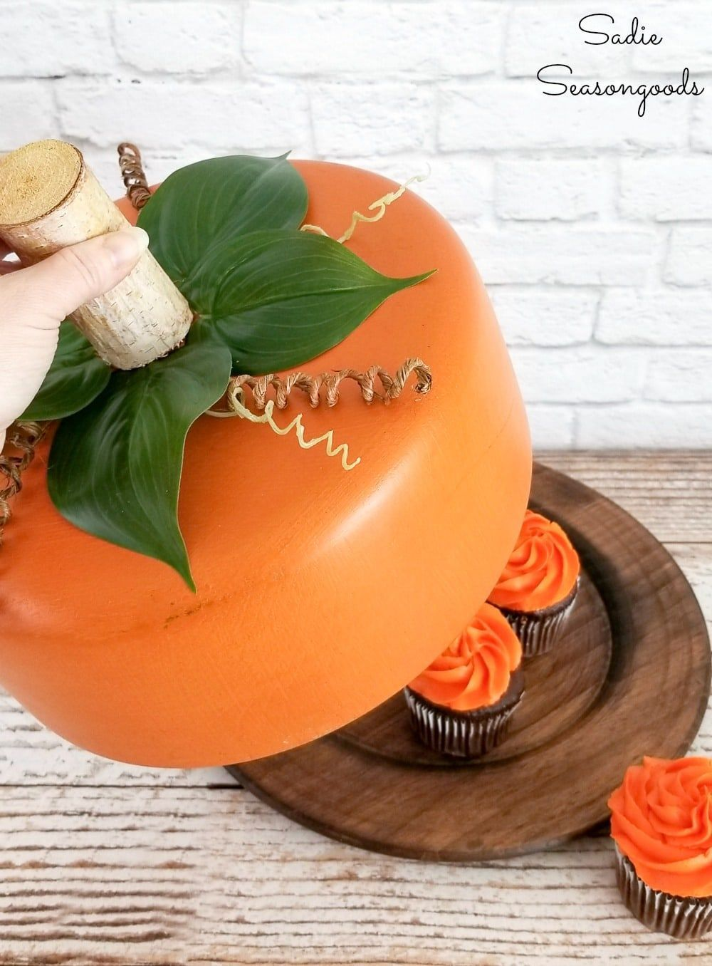 Pumpkin-Shaped Cake Dome and Food Saver for Fall or Autumn Parties! #pumpkinshapedcake Pumpkin craft ideas with a wooden bowl that has been upcycled into a cake dome #pumpkinshapedcake