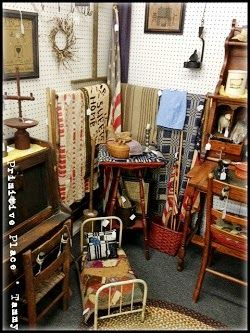 One Of My Booths Rosebud Antique Mall Carterville Il Located On