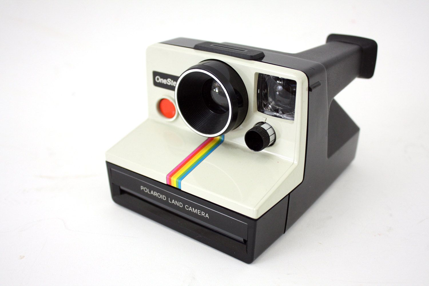 vintage polaroid camera - I actually really want one of these ...