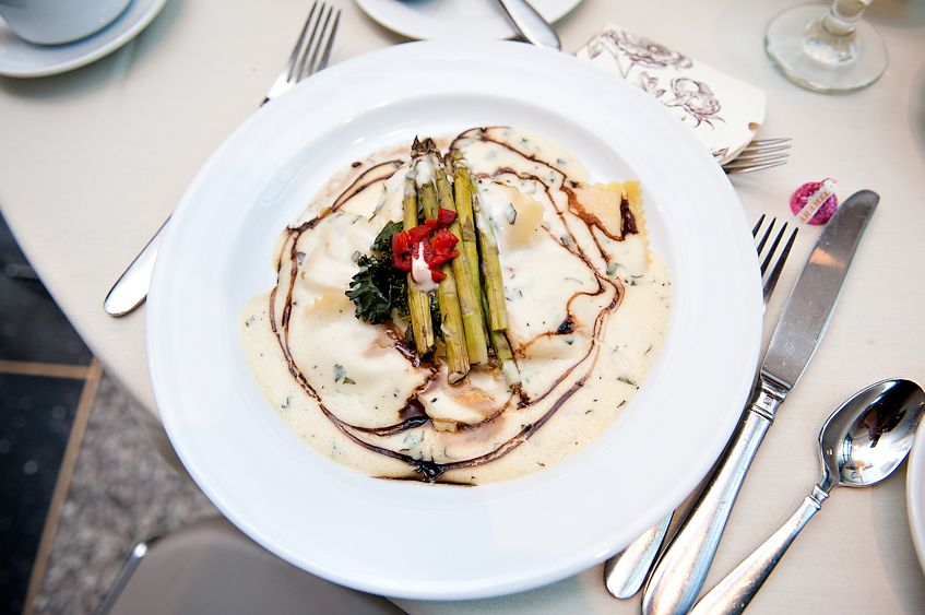 Butternut Squash Ravioli with Truffled Sage Bisque, Wilted Lacinato Kale, Asparagus & Aged Balsamic | Betsy Wall Photography | Bon Appetit Management Company | MN History Center Wedding