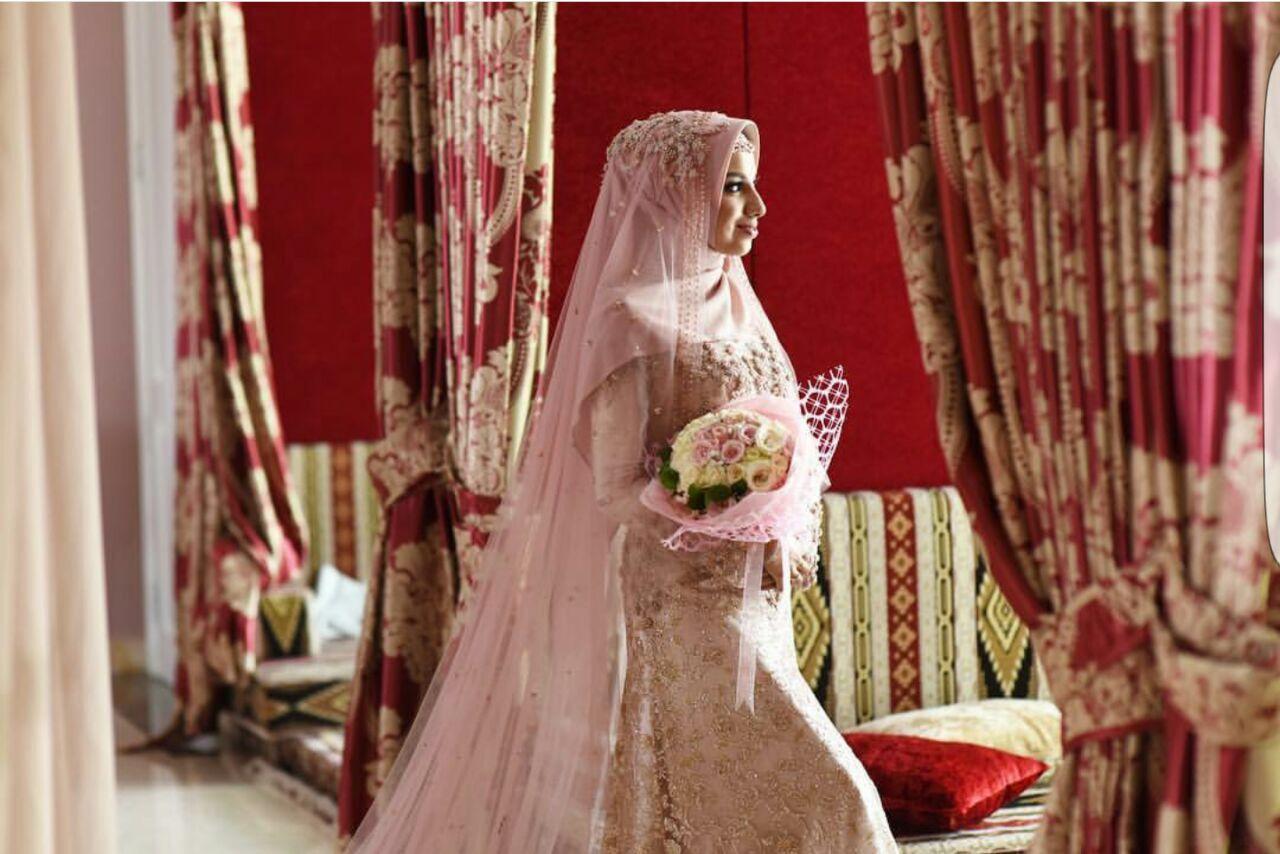 Pin by hibzy on Dulhan (Hijab) | Hijabi brides, India