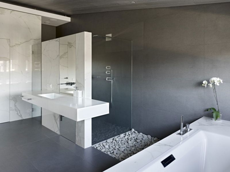 Moderne Badgestaltung in Weiß und Grau Badezimmer Pinterest - badezimmer modern grau