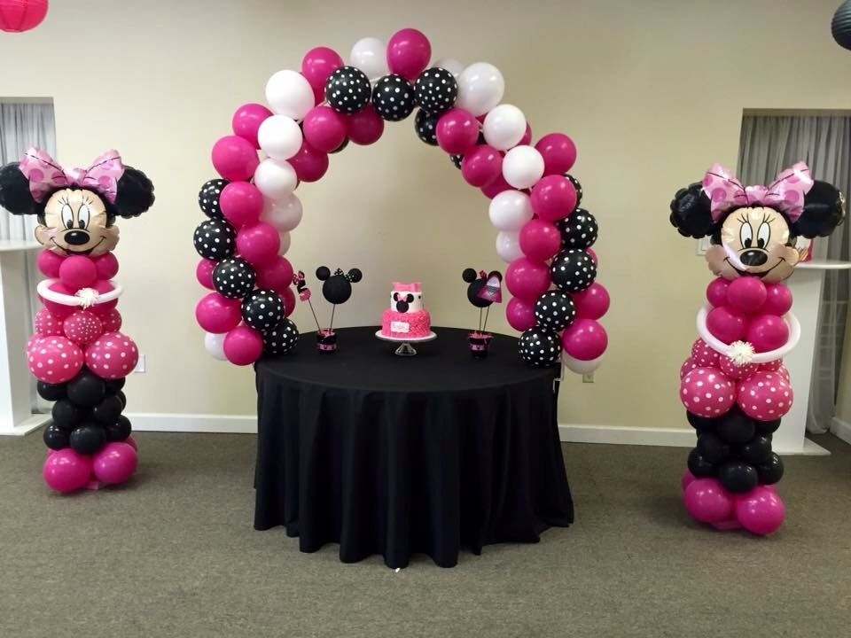 Extreem Minnie Mouse balloon wall by The Balloonery | Party Decoration  #HK-99