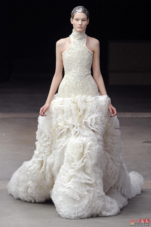 Sarah burton wedding dress  Alexander McQueen Fall   STYLENow  Pinterest  Autumn