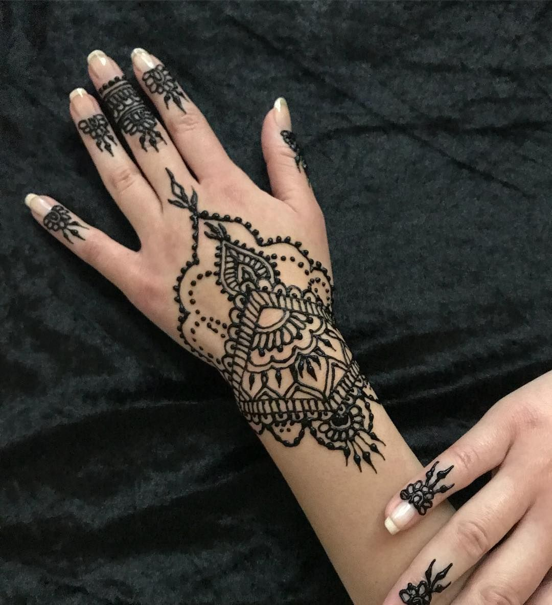 Henna Tattoo Design Ideas For Women Hand And More Henna Tattoo Designs Henna Tattoo Ideas Henna Tattoo Henna Tattoo Designs Henna Tattoo Henna Tattoo Hand