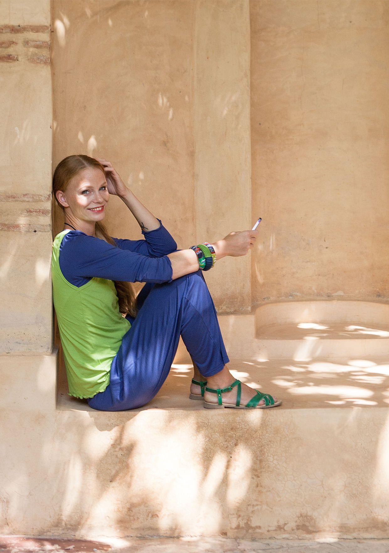 Ensfarvet bluse i mikromodal–Jumpere & cardiganer–GUDRUN SJÖDÉN – Kläder Online & Postorder