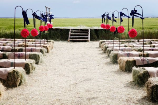 Straw Bale Seating For Your Wedding Unconventional But Not As Crazy You D