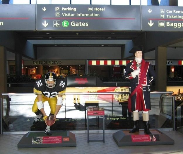 That time they installed statues of George Washington and Franco Harris  side-by-side at the airport  16bb7656a