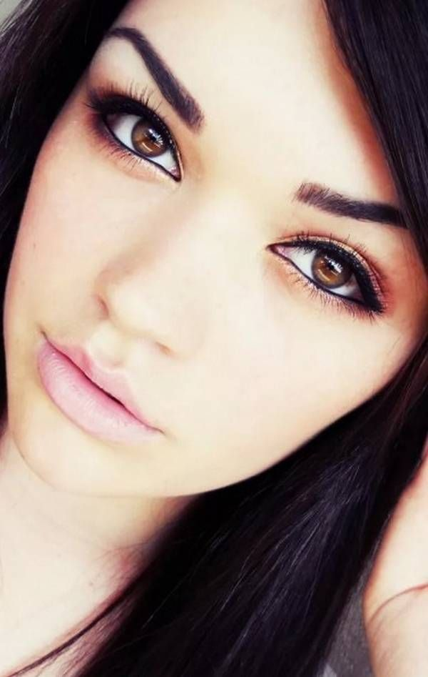 Best Eye Makeup For Dark Brown Eyes And Olive Skin. Obsessed with her eyebrows!