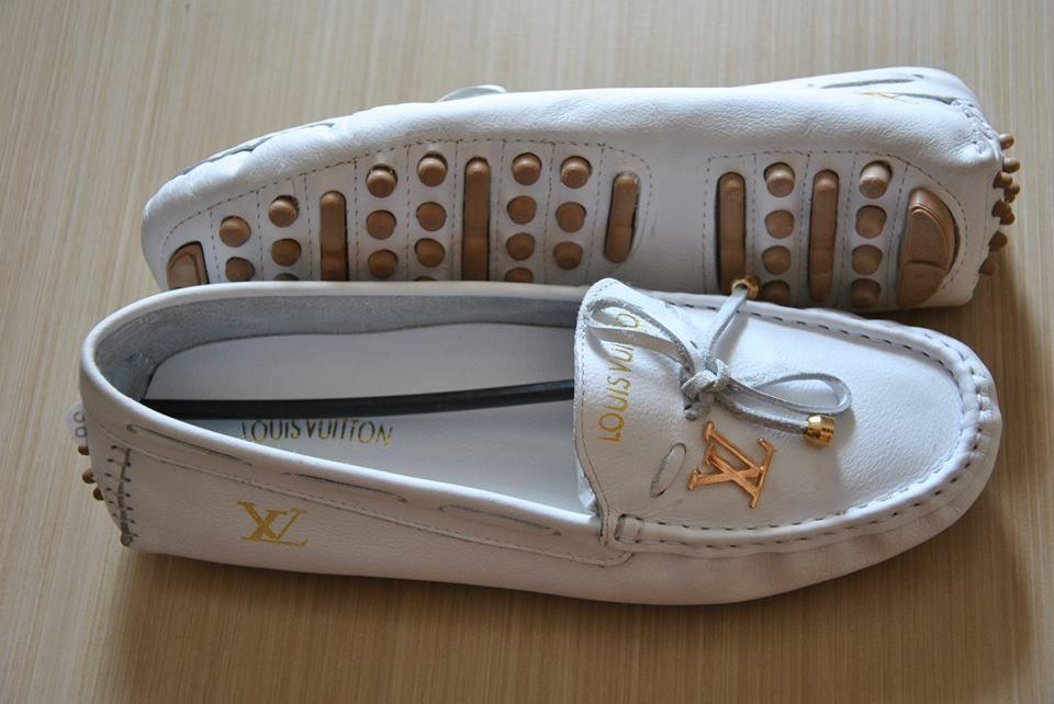 1435d4f6a0 Mocassim Louis Vuitton Feminino Frete Grátis - R  99