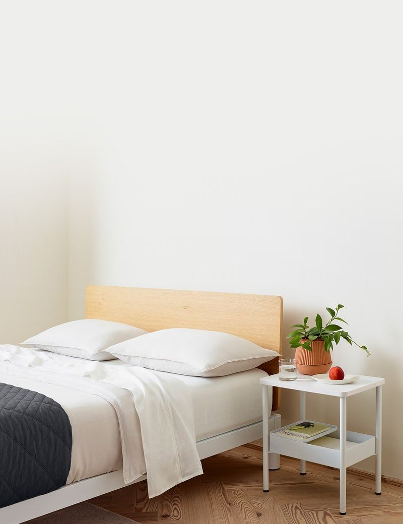 Casper Platform Bed And Nightstand Platform Mattress Cool Beds