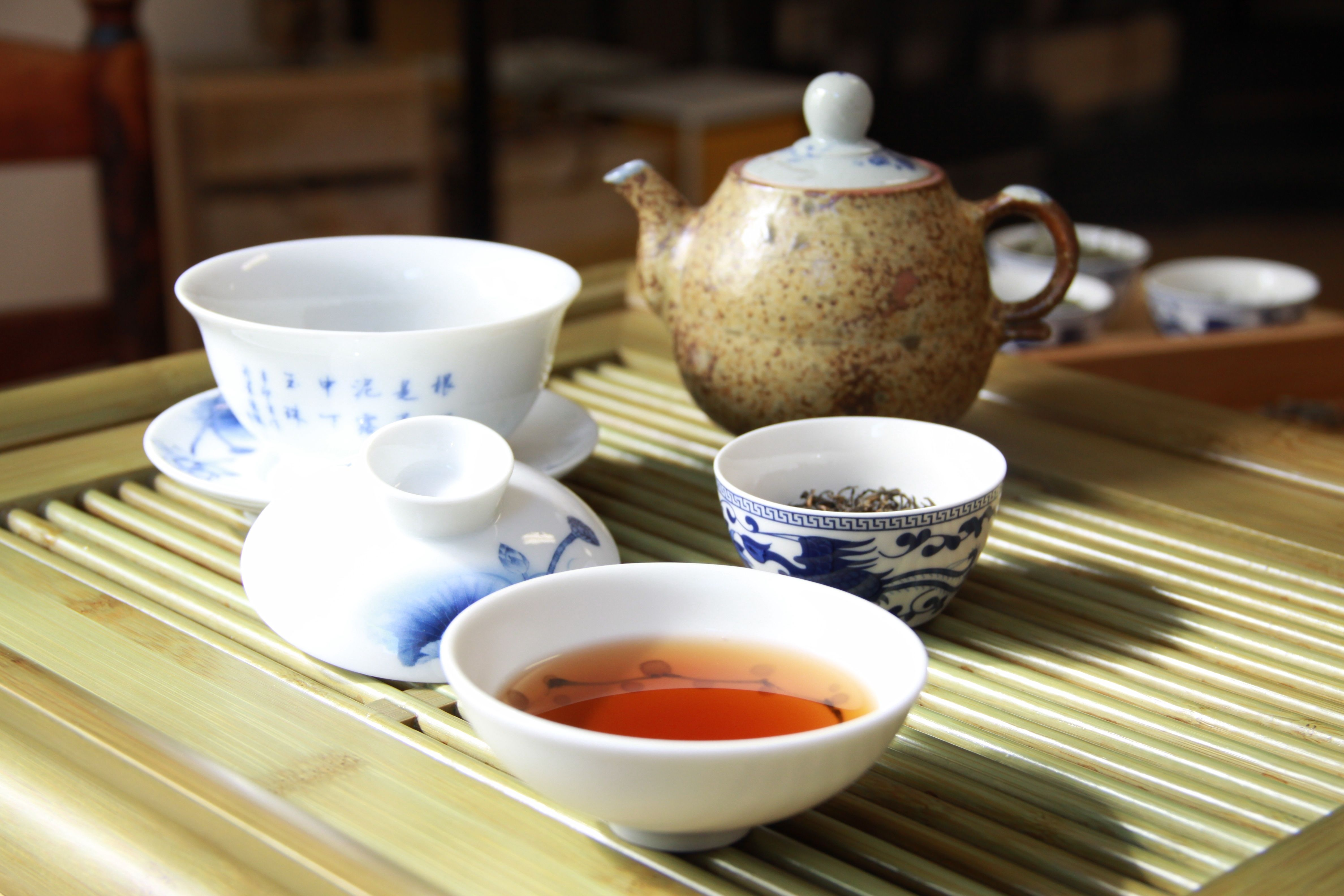 Ripened Pu'er tea. Fermentation and oxidation processed. Vividly red color. Aging creates better flavor.  Healthy tea as it could rise up the HDL which is the good cholesterol, and reduce the level of bad cholesterol LDL in blood. Also it helps reduce the blood sugar level etc.