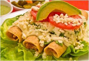 Comida mexicana flautas de pollo comida mexicana Comidas caseras sencillas