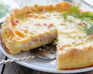 Tarte légère au chou-fleur, jambon et muscade   Recette   Recettes de cuisine, Recette quiche et ...