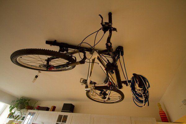 horizontal bike hoist by floaterhoist bike rack. Black Bedroom Furniture Sets. Home Design Ideas
