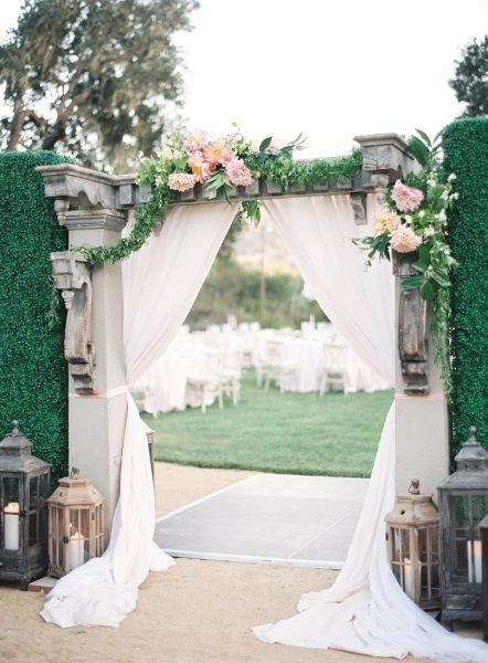 Here's to a Greek outdoor wedding theme  | Garden Wedding