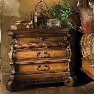 Love Tuscan-Style Furniture !!!