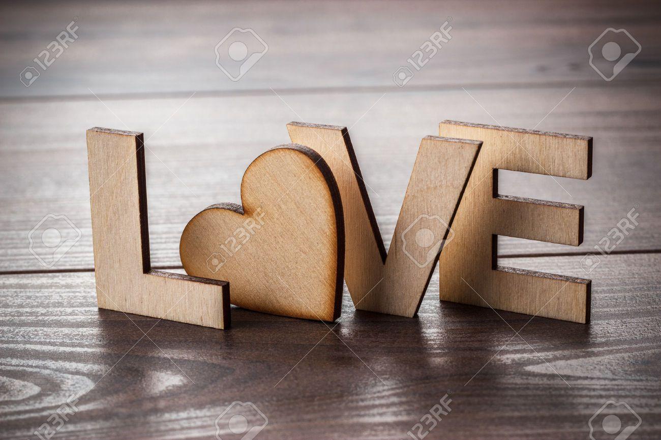 Resultado de imagen para letras en madera rotulos letras de madera letras y madera - Casa letras madera ...