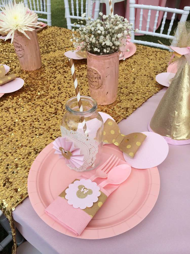 Fun Place Setting At A Pink And Gold Minnie Mouse Birthday Party See More Planning Ideas CatchMyParty