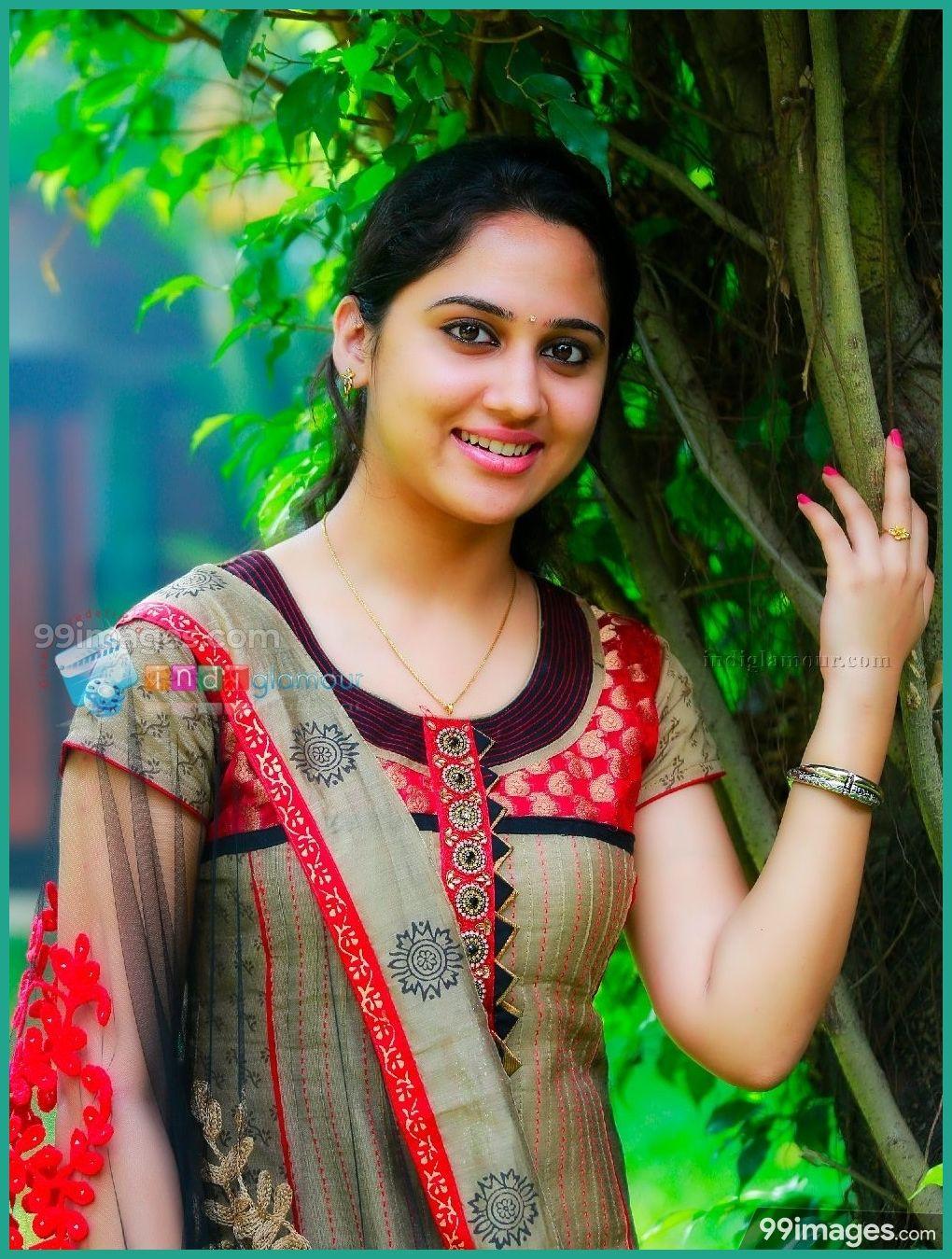 Miya George Hd Wallpapers Images 1080p 5851 Miyageorge Kollywood Mollywood Actress Beautiful Girl In India Miya George Most Beautiful Indian Actress