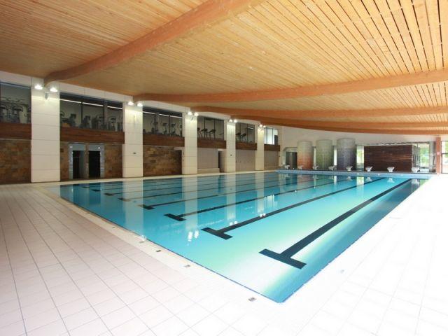 Cortejoso y coronado arquitectos centro deportivo for Restaurante escuela de arquitectos madrid