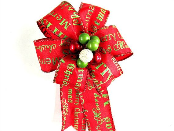 Green Red And Cream Christmas Bow Merry Christmas Gift Bow Small Gift Bow Holiday Gift Wrap Bow With Images Christmas Gift Bow Merry Christmas Gifts Gift Wrapping Bows