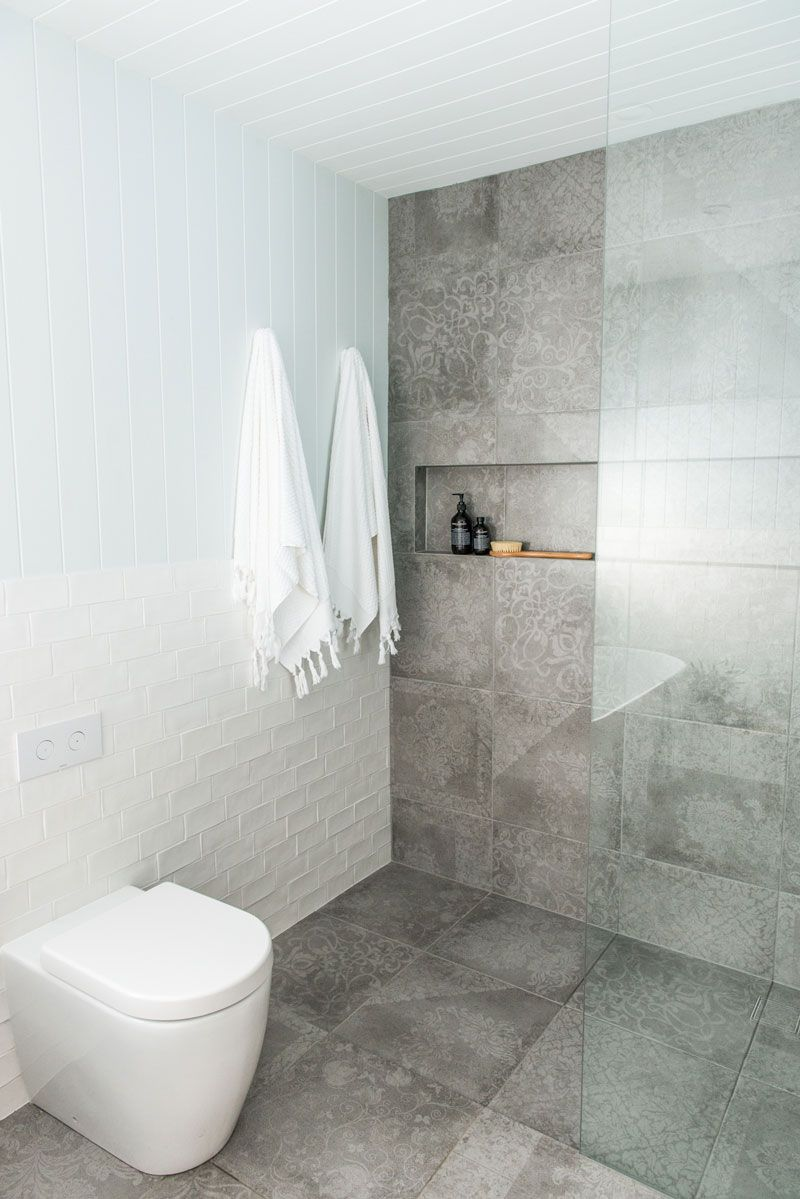 5 Tips on Buying the Best Bathroom Suites | Contemporary design ...